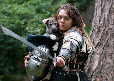 Hondenfotoshoot Cosplay thema ridders Nikki & Pup blauw
